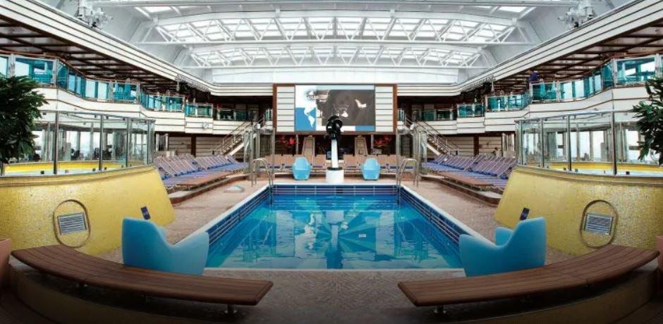 Costa_Deliziosa_piscina